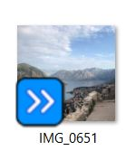 What is this blue icon and how do I get rid of it 0838f31d-d2d8-4248-a2e1-a2904fa51209?upload=true.jpg