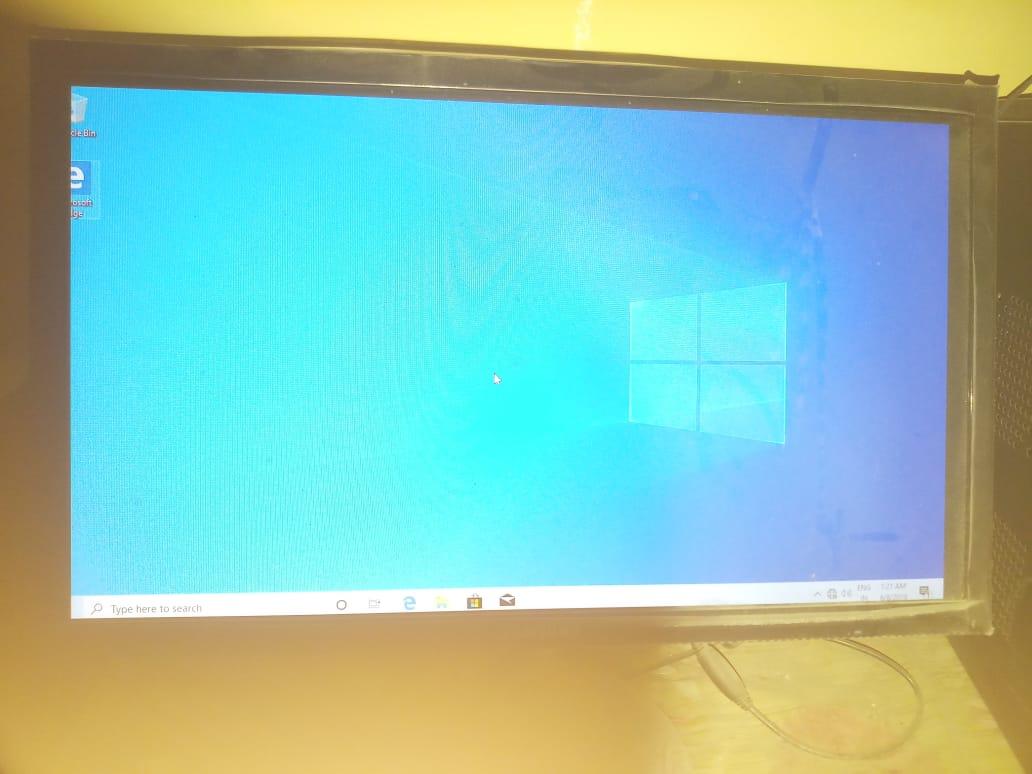 WINDOW 10 display issuse 2bf18e24-d5a5-479d-91b2-243999a304fd?upload=true.jpg