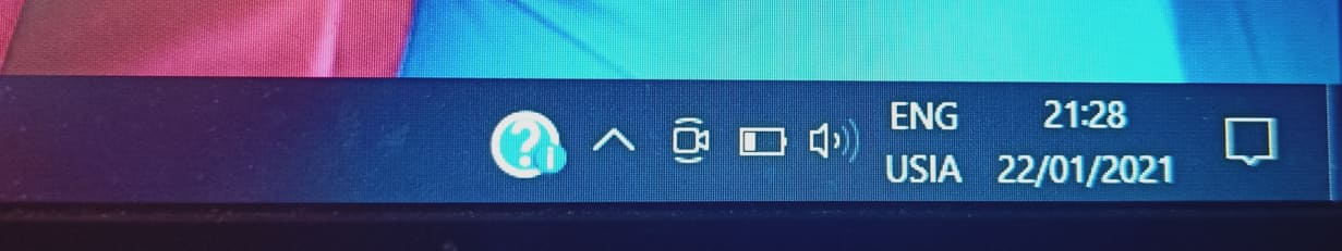 Internet and WiFi icon not showing on the taskbar. 66c0150a-6634-4c55-8af3-33244811c527?upload=true.jpg