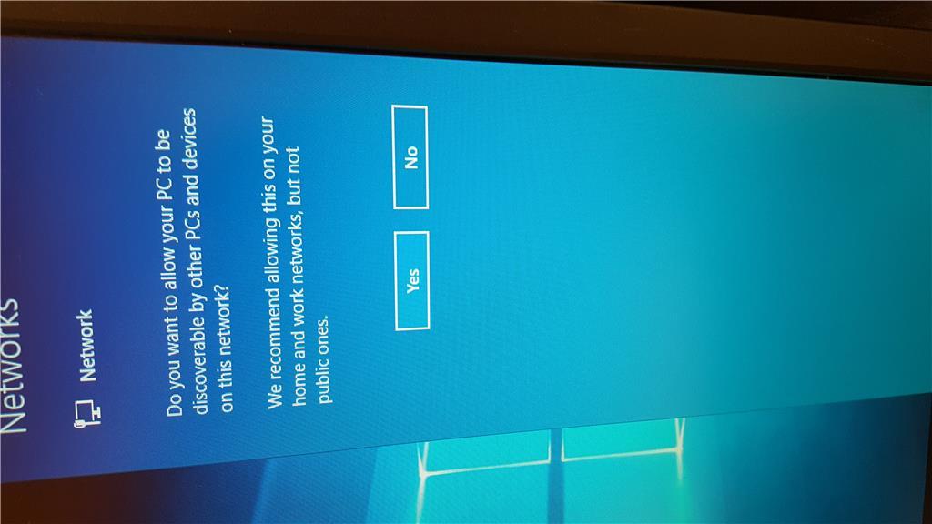 Automate just OOBE setup pass of Windows 10 with Autounattend.xml b49e3aa7-7218-4af3-b2f7-bf0992a8151d.jpg