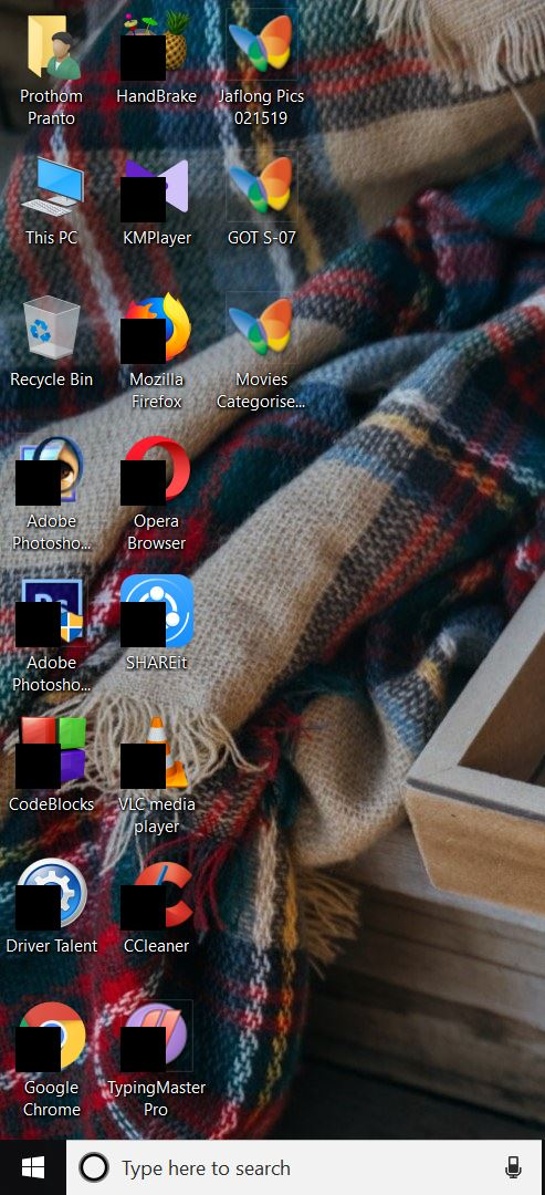 I see squares over the app icons. What can I do ? d08f9b74-f676-4ed4-9887-f42cb726e860?upload=true.jpg