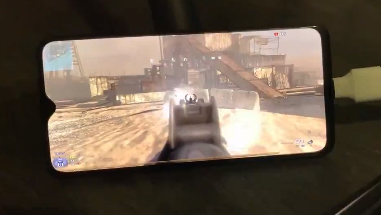 OnePlus 6T with Windows 10 is able to run Modern Warfare OnePlus-6T-WOA.jpg