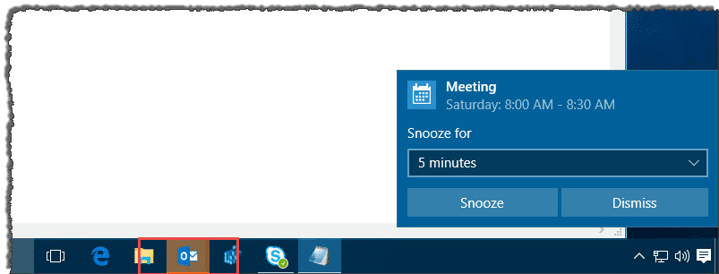calendar display when in outlook mail UVUOj.png